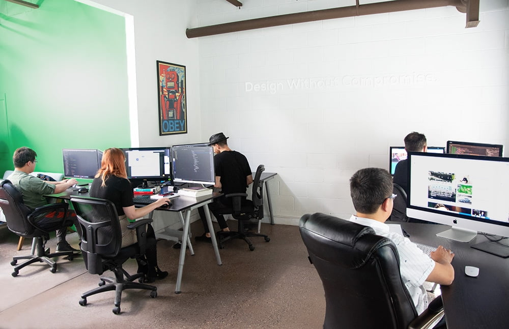İzmir'de web sitesi yapan firmalar arasında doğru firmayı seçmek